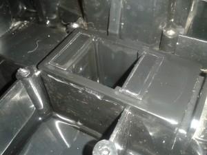 Pumpenaufsatz mit 2 vorstehenden trägern